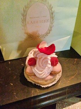 Laudere Cake