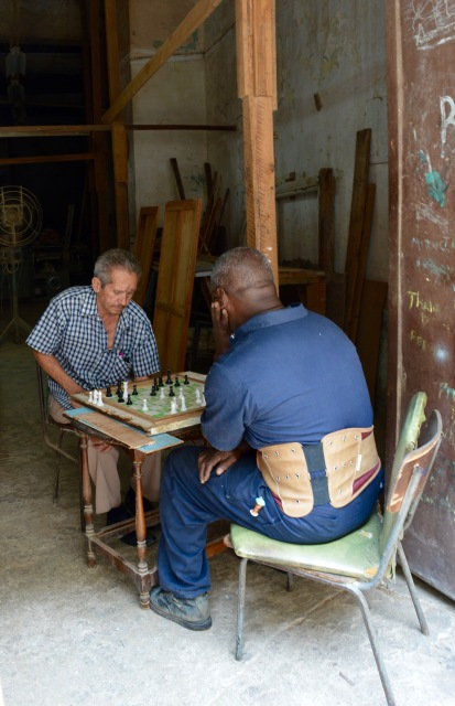 Men playing chess Havana Vieja, Cuba
