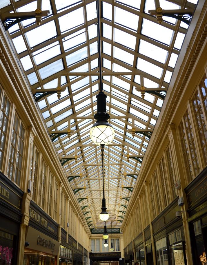 Argyll Arcade, Glasgow, Scotland.jpg