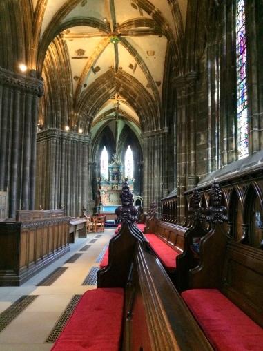 Inside St Giles Cathedral, Glasgow, Scotland 3.jpg
