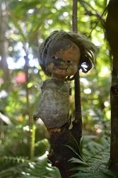 Creepy doll, Jardin Botanico de Caridad, Vinales, Cuba